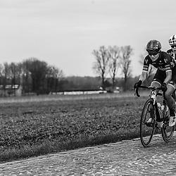 25-02-2017: Wielrennen: Omloop Het Nieuwsblad: Gent  <br /> Elisa Longo Borghini, Ellen van Dijk