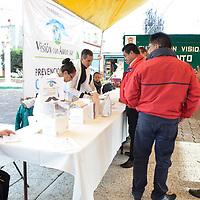 CHAPULTEPEC, México.- (Agosto 24, 2017).- En la cabecera municipal de Chapultepec se realizó una jornada de prevención y combate de Cáncer Prostático y de Testículos, en donde 200 hombres fueron atendidos,  la jornada altruista fuer realizada por la Institución de Asistencia Privada Visión con Amor. Agencia MVT / José Hernández.