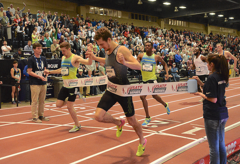 apl030517b/SPORTS/pierre-louis/030517/JOURNAL<br /> Erik Sowinski,,center, edges Casimir Loxsom,, to  win the Men 600 Meter Run  during the USA Indoor Track and Field Championships held at the Albuquerque Convention Center.Photographed  on Sunday March 5, 2017. .Adolphe Pierre-Louis/JOURNAL