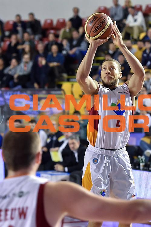 DESCRIZIONE : Roma Lega A 2014-15 Acea Roma vs Vanoli Basket Cremona<br /> GIOCATORE : Triche Brandon<br /> CATEGORIA : Tiro<br /> SQUADRA : Acea Roma<br /> EVENTO : Campionato Lega A 2014-2015 GARA : Acea Roma vs Vanoli Basket Cremona<br /> DATA : 07/12/2014 <br /> SPORT : Pallacanestro <br /> AUTORE : Agenzia Ciamillo-Castoria/GiulioCiamillo <br /> Galleria : Lega Basket A 2014-2015 <br /> Fotonotizia : Acea Roma Lega A 2014-15 Acea Roma vs Vanoli Basket Cremona<br /> Predefinita :