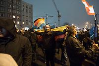 "05 JAN 2015, BERLIN/GERMANY:<br /> Demonstrant mit Deutschland-Fahne, Bärgida-Demo ""Berliner Patrioten gegen die Islamisierung des Abendlandes"", Spandauer Strasse<br /> IMAGE: 20150105-01-046<br /> KEYWORDS: Bärgida, Demonstranten, Protest, Demonstration, Flaggen, Fahnen"