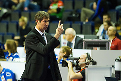 08.01.2016, Max Schmeling Halle, Berlin, GER, CEV Olympia Qualifikation, Frankreich vs Bulgarien, im Bild Laurent Tillie (Trainer, Frankreich/France) ordnet sein Team // during 2016 CEV Volleyball European Olympic Qualification Match between France and Bulgaria at the  Max Schmeling Halle in Berlin, Germany on 2016/01/08. EXPA Pictures © 2016, PhotoCredit: EXPA/ Eibner-Pressefoto/ Wuechner<br /> <br /> *****ATTENTION - OUT of GER*****