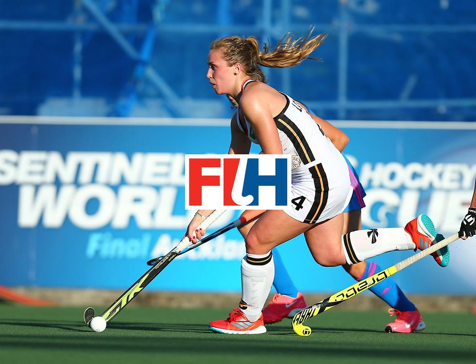 New Zealand, Auckland - 21/11/17  <br /> Sentinel Homes Women&rsquo;s Hockey World League Final<br /> Harbour Hockey Stadium<br /> Copyrigth: Worldsportpics, Rodrigo Jaramillo<br /> Match ID: 10301 - GER vs ARG<br /> Photo: (4) LORENZ Nike