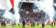 20-08-2017: Voetbal: FC Utrecht v Willem ll: Utrecht<br /> <br /> (L-R) Sfeervolle opkomst in een vol Galgenwaard tijdens het Eredivisie duel tussen FC Utrecht en Willem II op 20 augustus 2017 in stadion Galgenwaard te Utrecht<br /> <br /> Eredivisie - Seizoen 2017 / 2018 (speelronde 2)<br /> <br /> Foto: Gertjan Kooij