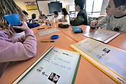 Nederland, Millingen, 28-11-2017In basisschool de Martinusschool wordt aan een klasje na de reguliere schooltijd Duits gegevenFoto: Flip Franssen
