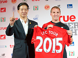 BANGKOK, THAILAND - Monday, July 13, 2015: Liverpool's manager Brendan Rodgers and True sponsor Birathon Kasemsri Na Ayutthaya during a press conference at the Plaza Athenee team hotel in Bangkok on day one of the club's preseason tour. (Pic by David Rawcliffe/Propaganda)