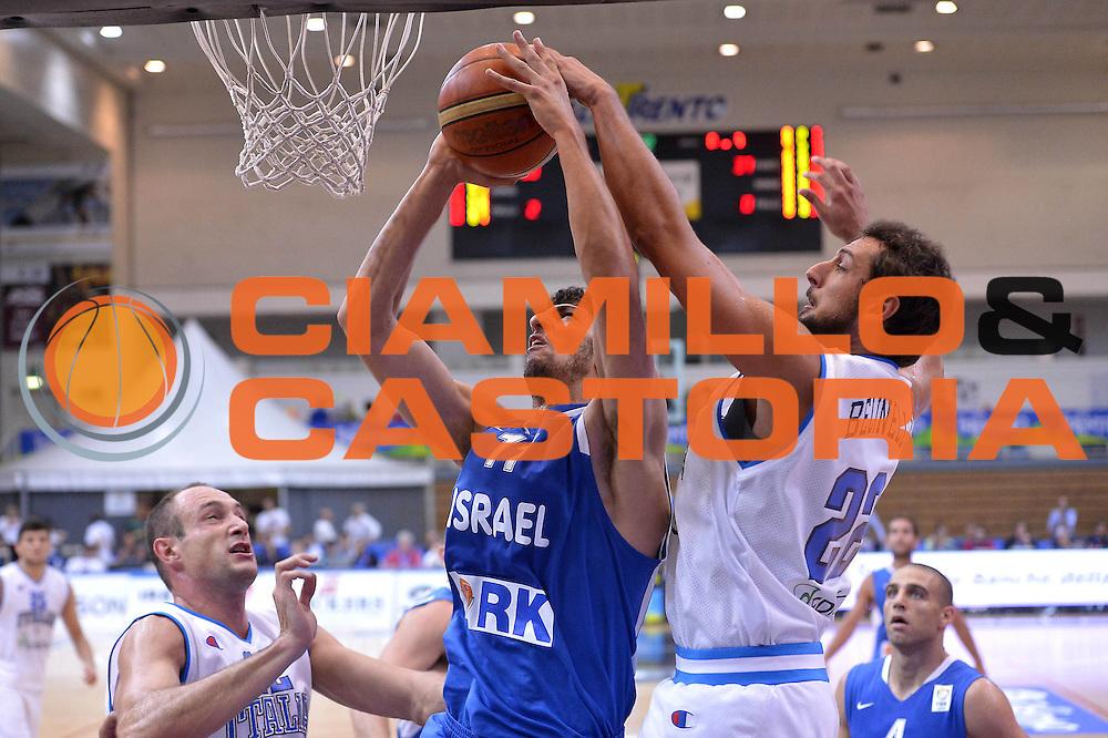 DESCRIZIONE : Trento Basket Cup 2013 Italia Israele<br /> GIOCATORE : Yogev Ohayon - Belinelli<br /> CATEGORIA : Schiacciata<br /> SQUADRA : Nazionale Italia Uomini Maschile<br /> EVENTO : Trento Basket Cup 2013 Italia Israele<br /> GARA : Italia Israele<br /> DATA : 08/08/2013<br /> SPORT : Pallacanestro<br /> AUTORE : Agenzia Ciamillo-Castoria/GiulioCiamillo<br /> Galleria : FIP Nazionali 2013<br /> Fotonotizia : Trento Basket Cup 2013 Italia Israele<br /> Predefinita :