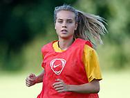 FODBOLD: Sabrina Jonassen (Ølstykke FC) under opvarmningen til træningskampen mellem Ølstykke FC og BSF den 10. august 2017 på Ølstykke Idrætsanlæg. Foto: Claus Birch
