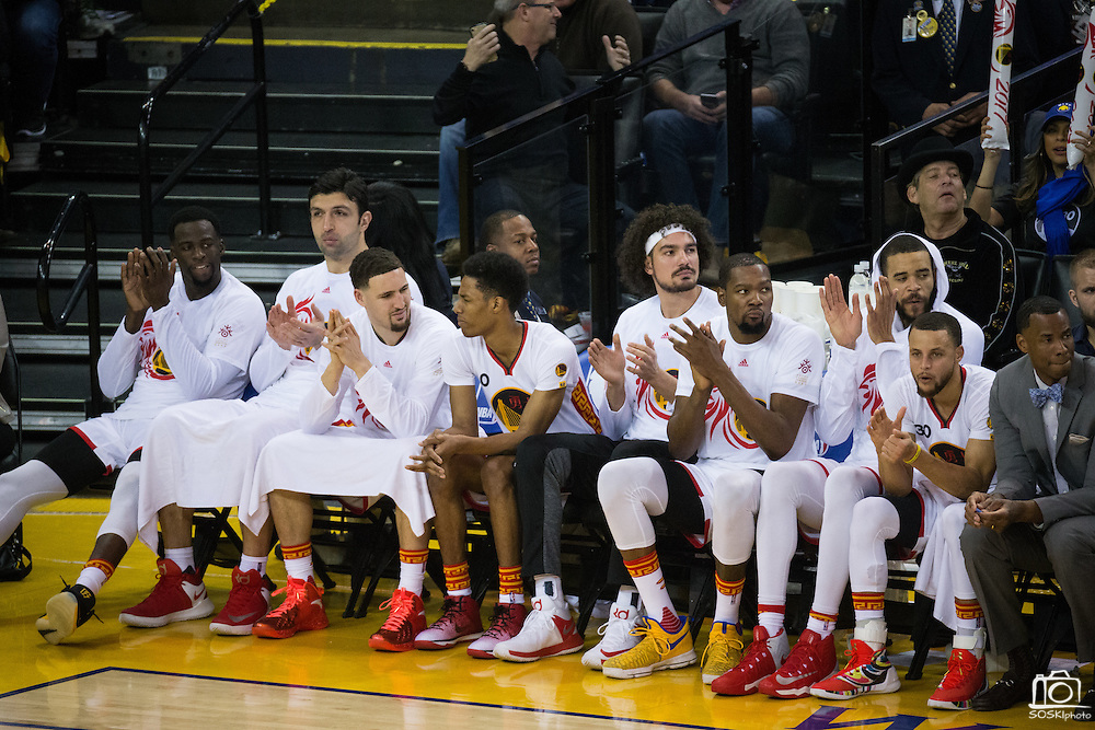 The against the Golden State Warriors starters cheer for their teammates late in the game against the LA Clippers at Oracle Arena in Oakland, Calif., on January 28, 2017. (Stan Olszewski/Special to S.F. Examiner)