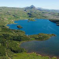 Hreðavatn til norðurs, Borgarbyggð áður Norðurárdalshreppur og Stafholtstungnahreppur fremst / Lake Hredavatn viewing north, Borgarbyggd former Nordurardalshreppur and Stafholtstungnahreppur in foreground.