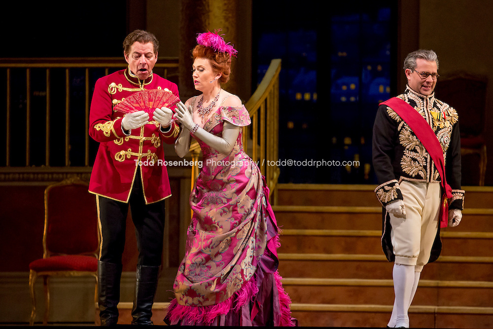 11/11/15 1:37:43 PM -- <br /> The Lyric Opera of Chicago Presents<br /> &quot;The Merry Widow&quot;<br /> Renee Fleming<br /> <br /> &copy; Todd Rosenberg Photography 2015