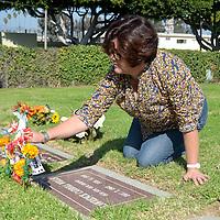 Woodlawn Cemetery's Dias de los Muertos celebration