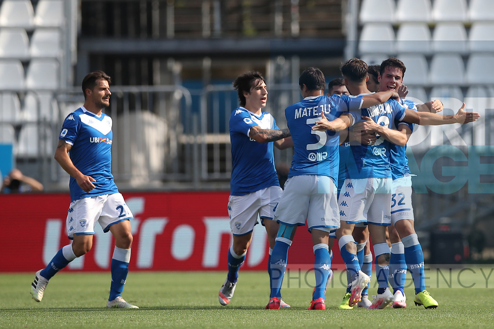 Brescia Calcio's Italian striker Alfredo Donnarumma celebrates with team mates after scoring to give the side a 1-0 lead during the Serie A match at Stadio Mario Rigamonti, Brecsia. Picture date: 27th June 2020. Picture credit should read: Jonathan Moscrop/Sportimage