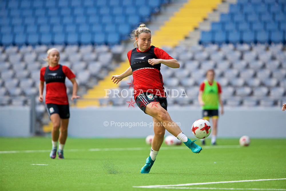 ASTANA, KAZAKHSTAN - Friday, September 15, 2017: Wales' Hannah Miles training at the Astana Arena ahead of the FIFA Women's World Cup 2019 Qualifying Round Group 1 match against Kazakhstan. (Pic by David Rawcliffe/Propaganda)
