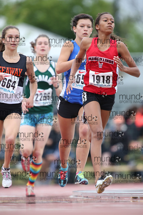 Alexia Morgan of St Marcellinus SS -Mississauga competes in the 800m heats at the 2013 OFSAA Track and Field Championship in Oshawa Ontario, Thursday,  June 6, 2013.<br /> Mundo Sport Images / Sean Burges