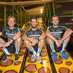 Monkeytown CT gepresenteerd in Purmerend. De Twentse inbreng Maarten de Jonge (Oldenzaal, Joey van Rhee (Nijverdal, Wim Kleiman (Almelo)