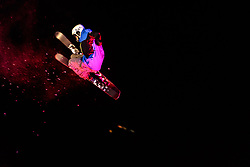 05.02.2018, Lechnerberg, Kaprun, AUT, Nacht der Ballone, im Bild Freestyle Skier // Freestyle Skier perform during the International Balloonalps Week, Lechnerberg, Kaprun, Austria on 2018/02/05. EXPA Pictures © 2018, PhotoCredit: EXPA/ JFK