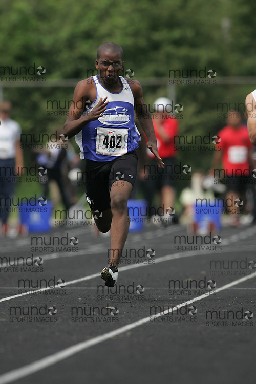 Hamilton, Ontario ---05/06/08--- Tolu Makinde of Colonel By in Gloucester competes in the 100 meters at the 2008 OFSAA Track and Field meet in Hamilton, Ontario..Sean Burges