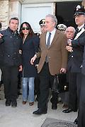 Trani ,  16 03 2010 Procura di Trani uscita di Michele Santoro foto di Donato Fasano