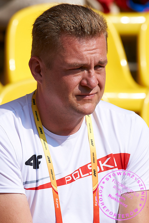 Trainer coach Krzysztof Kaliszewski watching the women's hammer throw competition during the 14th IAAF World Athletics Championships at the Luzhniki stadium in Moscow on August 14, 2013.<br /> <br /> Russian Federation, Moscow, August 14, 2013<br /> <br /> Picture also available in RAW (NEF) or TIFF format on special request.<br /> <br /> For editorial use only. Any commercial or promotional use requires permission.<br /> <br /> Mandatory credit:<br /> Photo by &copy; Adam Nurkiewicz / Mediasport