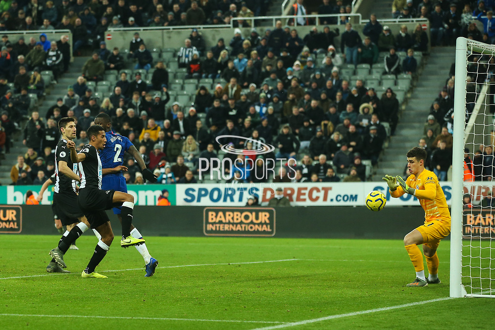 Isaac Hayden (#14) of Newcastle United scores Newcastle United's first goal (1-0) with a header during the Premier League match between Newcastle United and Chelsea at St. James's Park, Newcastle, England on 18 January 2020.