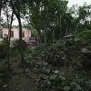 America Hill ruins