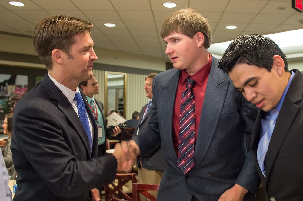 Samsung kids meet with Senators on Capitol Hill