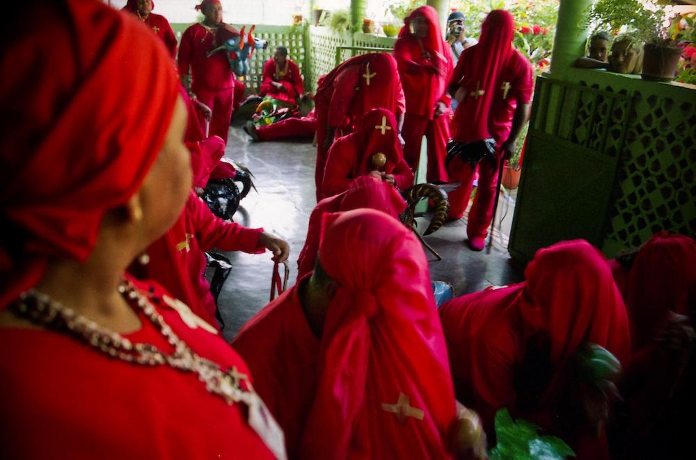 DANCING DEVILS OF YARE / LOS DIABLOS DE YARE<br /> Photography by Aaron Sosa<br /> Yare, Miranda State - Venezuela 2005<br /> (Copyright &copy; Aaron Sosa)
