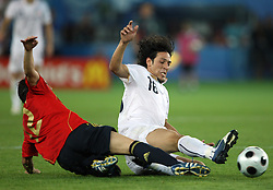 Santi Cazorla of Spain (12) vs Mauro Camoranesi of Italy (16) during the UEFA EURO 2008 Quarter-Final soccer match between Spain and Italy at Ernst-Happel Stadium, on June 22,2008, in Wien, Austria. Spain won after penalty shots 4:2. (Photo by Vid Ponikvar / Sportal Images)