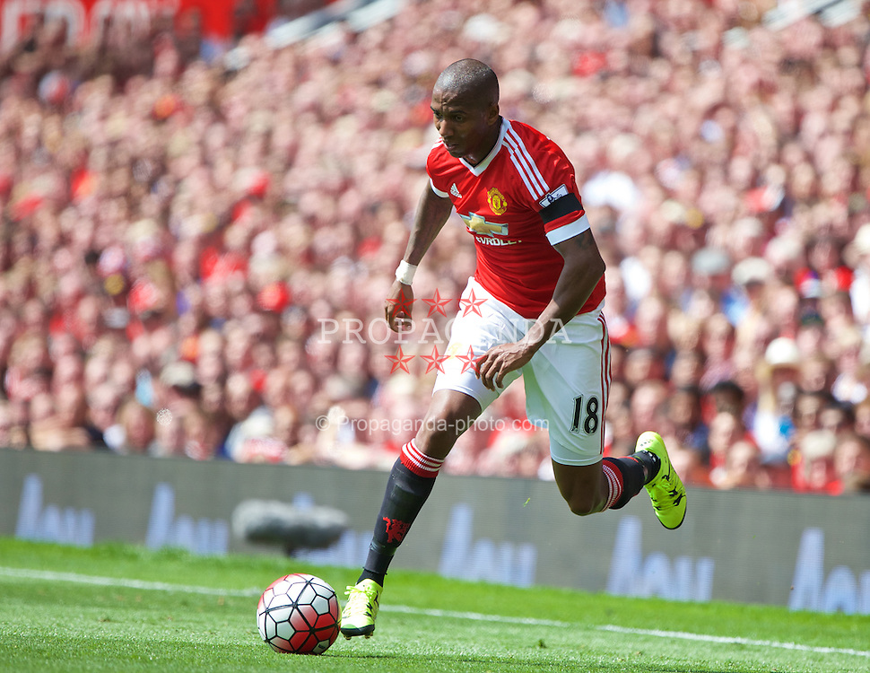 MANCHESTER, ENGLAND - Saturday, August 8, 2015: Manchester United's Ashley Young in action against Tottenham Hotspur during the Premier League match at Old Trafford. (Pic by David Rawcliffe/Propaganda)