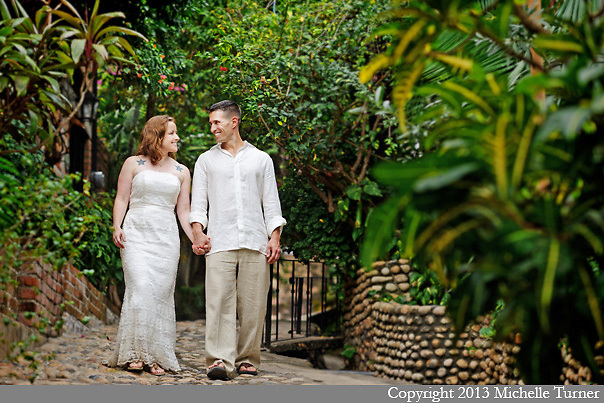 Hacienda Camino del Mar wedding in Bucerias, Mexico.  Design and Coordination by the Dazzling Details.  Images by Puerto Vallarta Wedding Photographer Michelle Turner.
