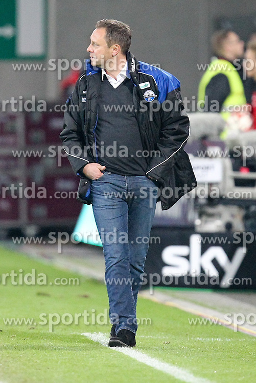 08.11.2014, SGL Arena, Augsburg, GER, 1. FBL, FC Augsburg vs SC Paderborn 07, 11. Runde, im Bild enttaeuschung bei Chef-Trainer Andre Breitenreiter (SC Paderborn 07) // during the German Bundesliga 11th round match between FC Augsburg and SC Paderborn 07 at the SGL Arena in Augsburg, Germany on 2014/11/08. EXPA Pictures &copy; 2014, PhotoCredit: EXPA/ Eibner-Pressefoto/ Kolbert<br /> <br /> *****ATTENTION - OUT of GER*****