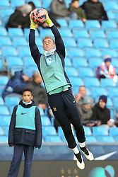 Manchester City's Joe Hart warms up before kick off - Photo mandatory by-line: Matt McNulty/JMP - Mobile: 07966 386802 - 24/01/2015 - SPORT - Football - Manchester - Etihad Stadium - Manchester City v Middlesbrough - FA Cup Fourth Round