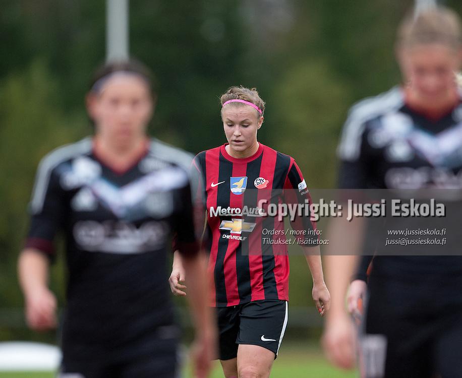 Heidi Kivelä. PK-35 - Olympique Lyonnais. Naisten Mestarien liigan 1. kierros. Vantaa 26.9.2012. Photo: Jussi Eskola