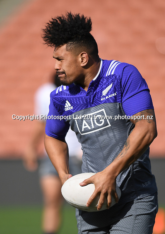 Ardie Savea during an All Blacks training session in Hamilton ahead of the The Rugby Championship test match against Argentina. Thursday 8 September 2016. © Copyright Photo: Andrew Cornaga / www.Photosport.nz