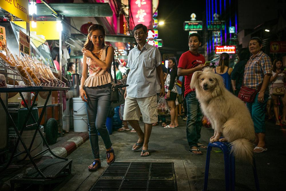 Chinatown, Bangkok, Thailand. Photograph ©2015 Darren Carroll