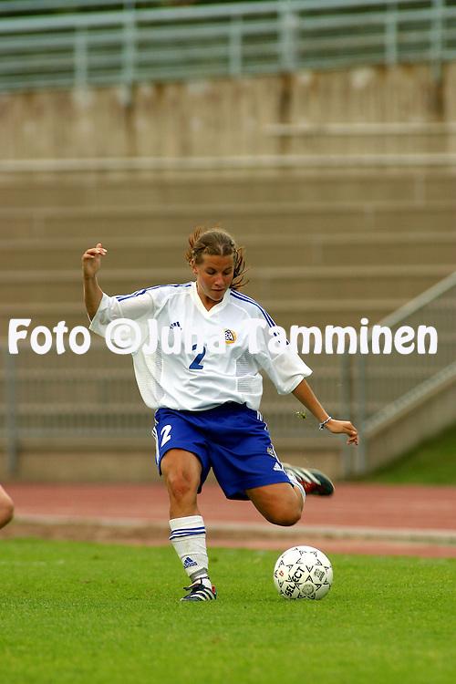 24.07.2002, Urheilupuisto, Turku, Finland..Open Nordic Tournament for Women Under-21,.Finland v Greece..Petra Vaelma - Finland.©Juha Tamminen