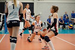 20180110 NED: CEV CUP Sliedrecht Sport - Beziers Angels VB: Sliedrecht<br />Teleurstelling bij speelsters Sliedrecht Sport, oa Lynn Thijssen (8), Ana Rekar (11) of Sliedrecht Sport <br />©2018-FotoHoogendoorn.nl / Pim Waslander