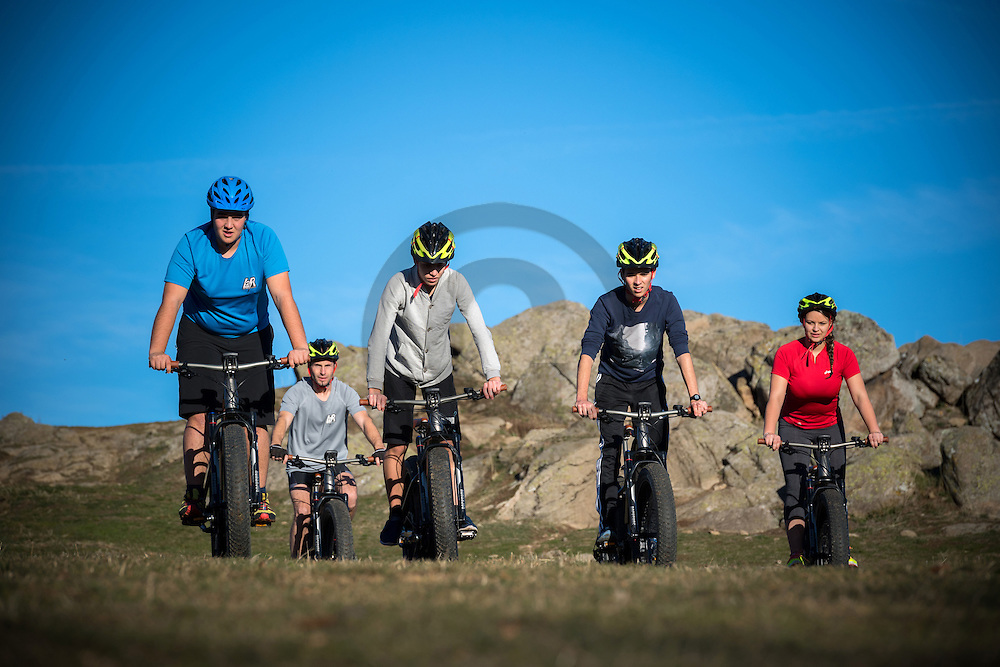 08/12/16 - AYDAT - PUY DE DOME - FRANCE - Ballade nature en velo electrique - Photo Jerome CHABANNE