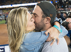 Kate Upton Cheers on Fiance - 1 Nov 2017