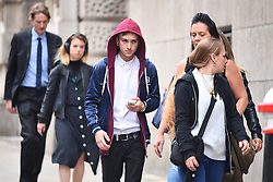 © Licensed to London News Pictures. 22/08/2017.  London, UK. Cyclist Charlie Alliston arrives at The Old Bailey.  Alliston was allegedly going at 18mph when he hit and killed pedestrian Kim Briggs in London in February 2016. He was riding a track bike which had no front brakes .Photo credit: Ben Cawthra/LNP