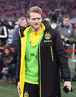Fussball  DFB Pokal  Achtelfinale  2017/2018   FC Bayern Muenchen - Borussia Dortmund        20.12.2017 Andre Schuerrle (Borussia Dortmund) nachdenklich