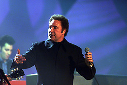 BRIT AWARDS TOM JONES. March 3, 2000. Photo by Andrew Parsons / i-images..