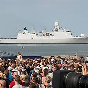 NLD/Terneuzen/20190831 - Start viering 75 jaar vrijheid, Commandofregat Zr.Ms. Evertsen