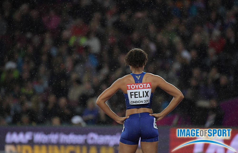 Aug 9, 2017; London, United Kingdom; Allyson Felix (USA) prepares for the start of the women's 400m during the IAAF World Championships in Athletics at London Stadium at Queen Elizabeth Park.