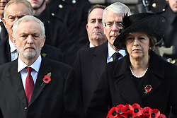 Jeremy Corbyn and Theresa May beim Remembrance Sunday in London / 131116 *** Remembrance Sunday, London, 13 Nov 2016 ***