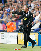 Photo: Steve Bond/Richard Lane Photography<br />Leicester City v MK Dons. Coca-Cola League One. 09/08/2008. Nigel Pearson instructs on the touchline