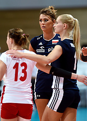 28-09-2015 NED: Volleyball European Championship Polen - Slovenie, Apeldoorn<br /> Polen wint met 3-0 van Slovenie / Katarzyna Ewa Skowronska-Dolata #17