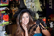 """Repro Free:.""""Spooky Dealz at Dundrum"""".Top model Rozanna Purcell is pictured at the opening of the new Dealz store in Dundrum making this the nineteenth Dealz store to open to date. ..Dealz Dundrum, situated at Unit G12, Dundrum Village Centre, Dundrum, Dublin 16, is creating 30 jobs in the Dundrum area, bringing the total number of jobs created in Ireland to over 540. ..The new store has over 5,941 sq ft of retail space and offers customers a wide range of branded products from health and beauty, food and drink to clothing accessories. Dealz is proudly supporting Irish suppliers and are stocking a range of products produced in Ireland, such as milk, eggs, crisps and cakes...Commenting at the new store opening, Dealz Senior Business Manager Leonard Brassel said:  ?We are very excited to be expanding the Dealz portfolio in Ireland with the opening of our new store in Dundrum today. The new store in Dundrum is the nineteenth Dealz store to open in Ireland and has created 30 new jobs for the Dublin area. Dealz is committed to bringing amazing value every day to customers and we are looking forward to expanding further across the Republic of Ireland. Dealz Dundrum will offer customers everything they need including great seasonal ranges for Back to School and Halloween.?..ENDS..For further information, please contact:.Suzanne Cairns and Ciara O' Connell, WHPR, 01 6690030.086 8945635 (SC) and 087 6260244 (CO'C).suzanne.cairns@ogilvy.com / ciara.o'connell@ogilvy.com.."""