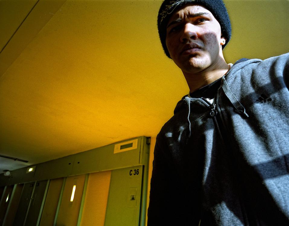 Granollers, Barcelona, Spain.Reading in the prison.Damian in the corridor of Quatre Camins prison.©Carmen Secanella